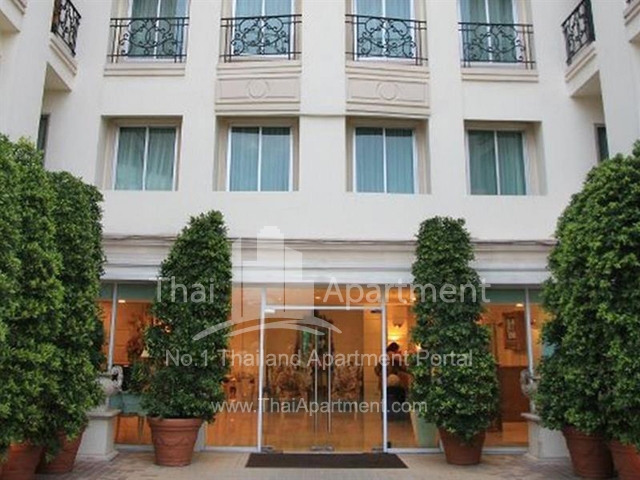 Romance Serviced Apartment image 2