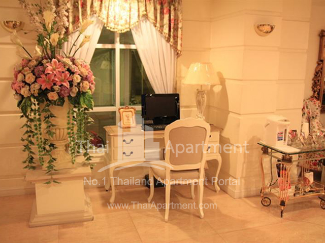 Romance Serviced Apartment image 5