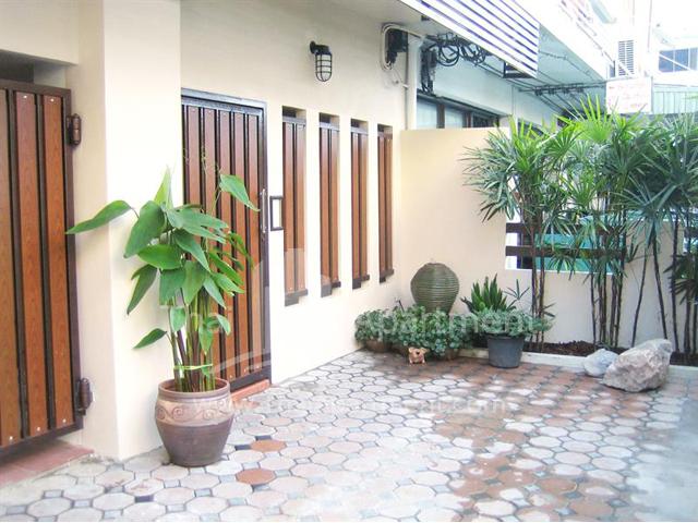 39 Place (Charoen Nakhon 39) image 4