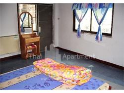 C.P.N. Apartment image 4
