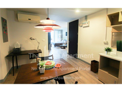 Click Denim Apartment image 6