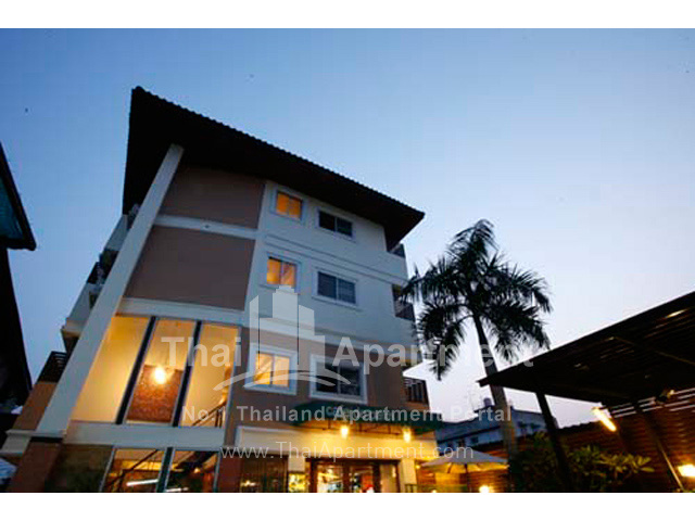 The Palm Resort Salaya image 1