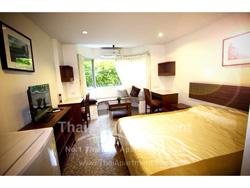 The Dearly Residence Salaya image 4
