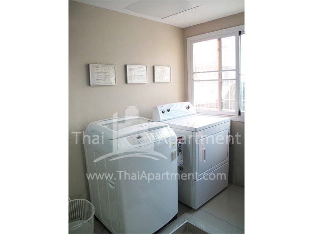 Studio 62 Serviced Apartment image 28