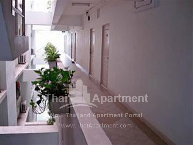 Thanaplace Apartment image 12