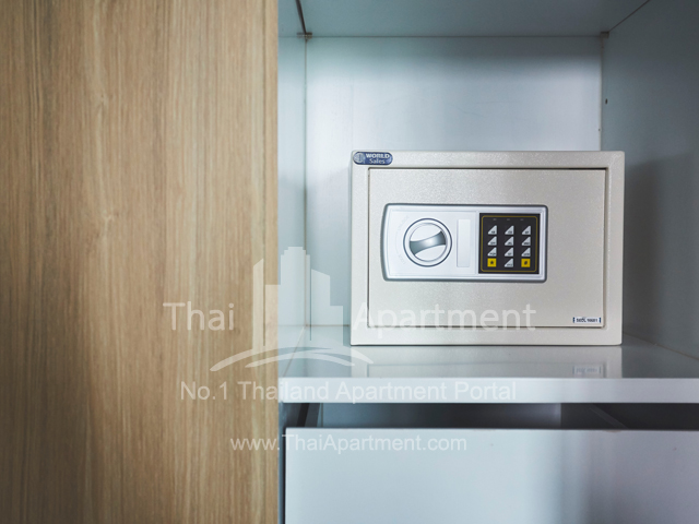 (Theorie Hotel Sukhumvit 107)  image 9