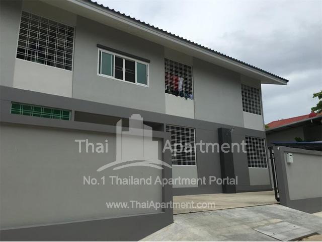 PP Apartment image 2