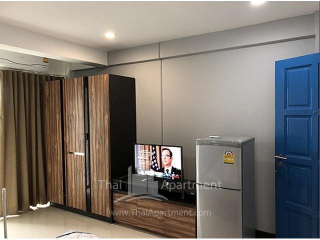 Charoensuk Residence image 8