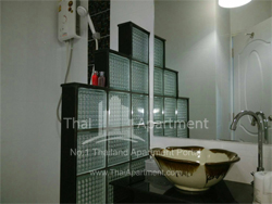 Baan Suanprannok <br> (Near Panichayakarnrajdamnern Technological College) image 15