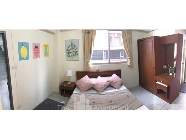 Baan Devanda Apartment image 4