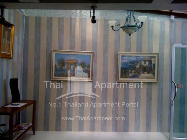 Sabaiday Apartment image 3