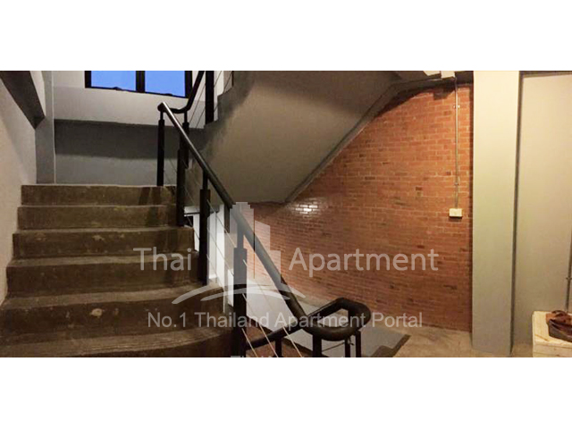 The Loft Home image 9