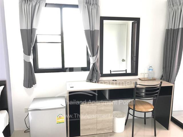 Salinsiri Apartment image 11