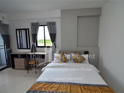 Salinsiri Apartment image 10