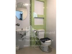 Salinsiri Apartment image 15