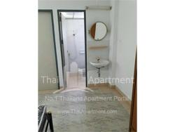 Kittanon Apartment image 3