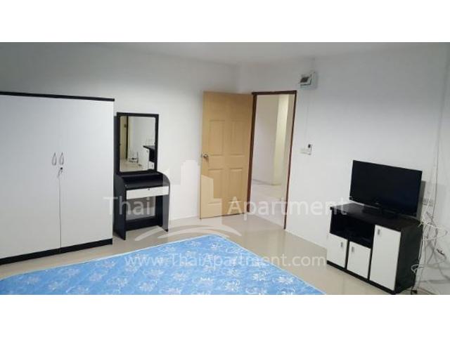 JJ Residence image 3
