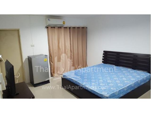 JJ Residence image 4