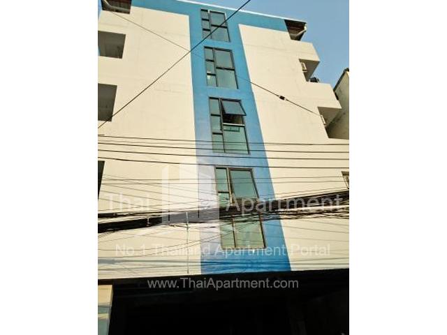 IRIS Apartment image 1