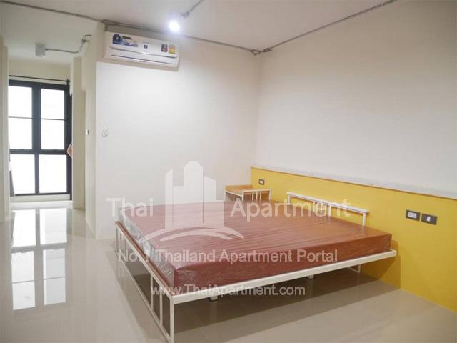 100 Plus Apartment image 4