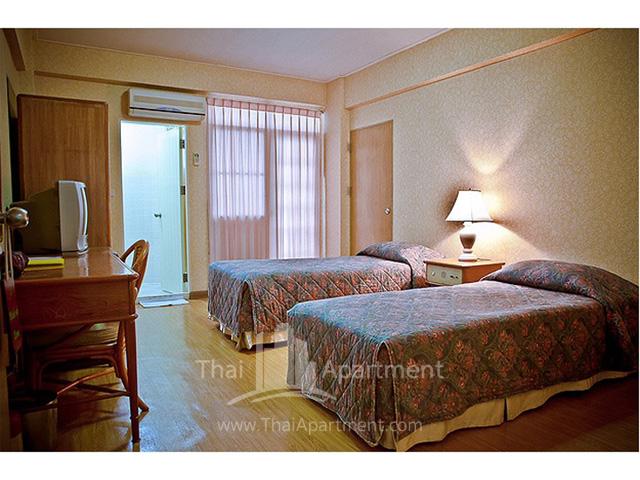Jims Lodge image 12