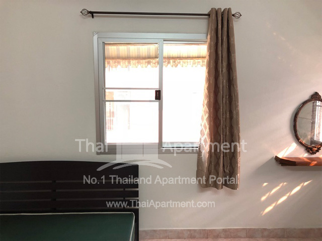 SOMBOON APARTMENT image 2