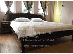 Grand Palace Residence image 2