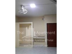 P&P Apartment (Phraya Suren) image 4