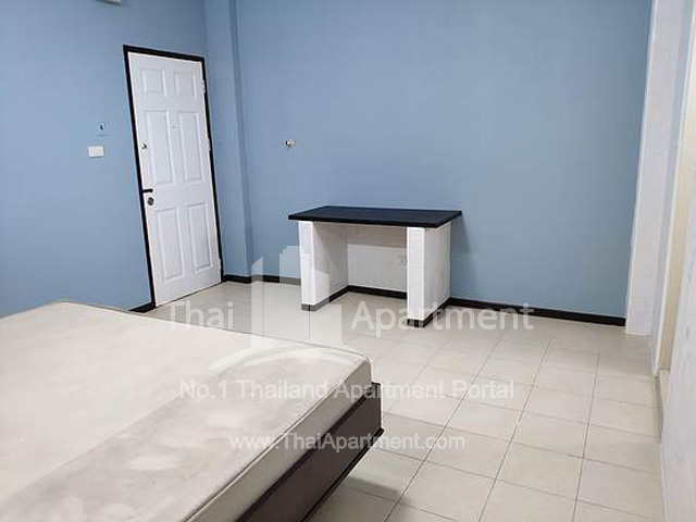 P.P. Mansion (Phaholyothin 55) image 4
