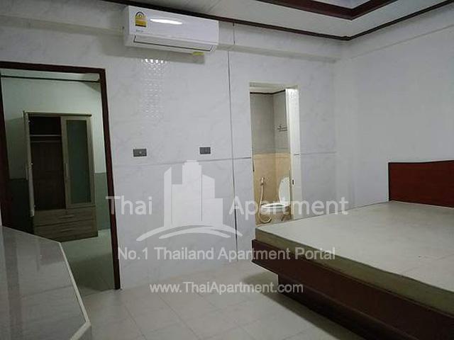 P.P. Mansion (Phaholyothin 55) image 5