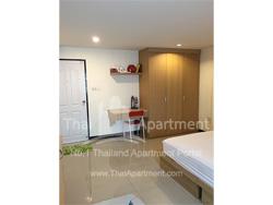 RJ Apartment image 3