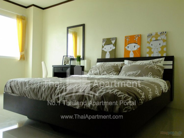Urich Apartment image 3