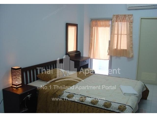 Madee Prampree Apartment image 1