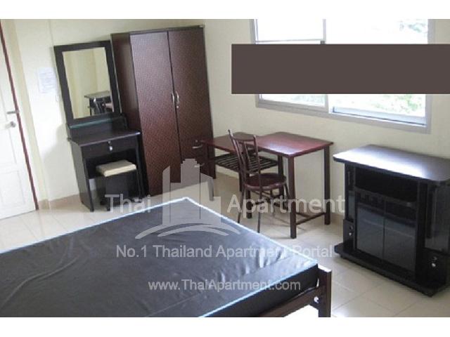 Madee Prampree Apartment image 2