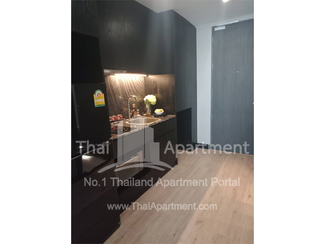 Silver Thonglor Apartment image 4