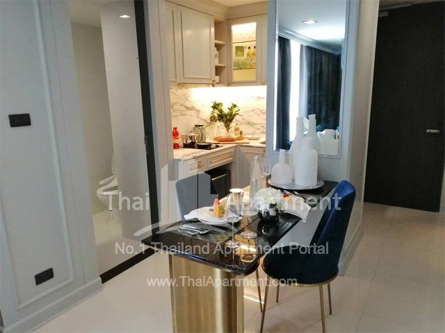 Silver Thonglor Apartment image 12