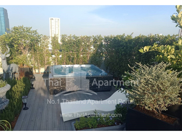 Silver Thonglor Apartment image 21