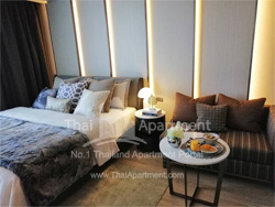 Silver Thonglor Apartment image 2