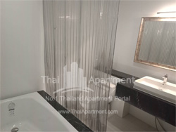 Silver Thonglor Apartment image 5