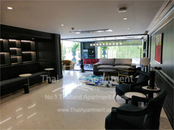 Silver Thonglor Apartment image 16