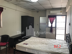 Baan Somdang Apartment image 2