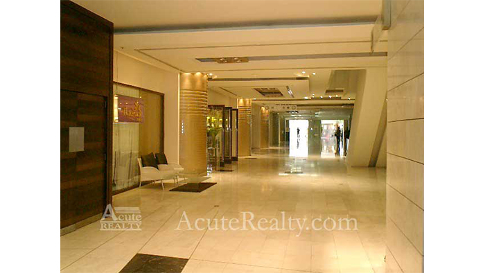 Condominium  for sale & for rent State Tower Saladang image9