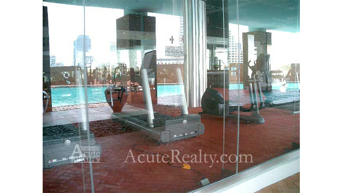 Condominium  for sale & for rent State Tower Saladang image17