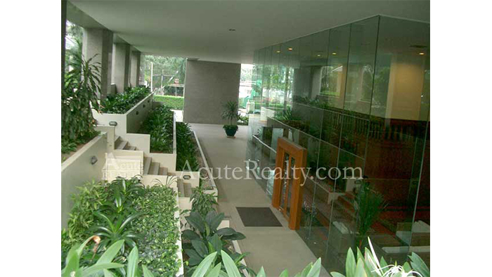 Condominium  for sale Somkid Gardens Somkid image50