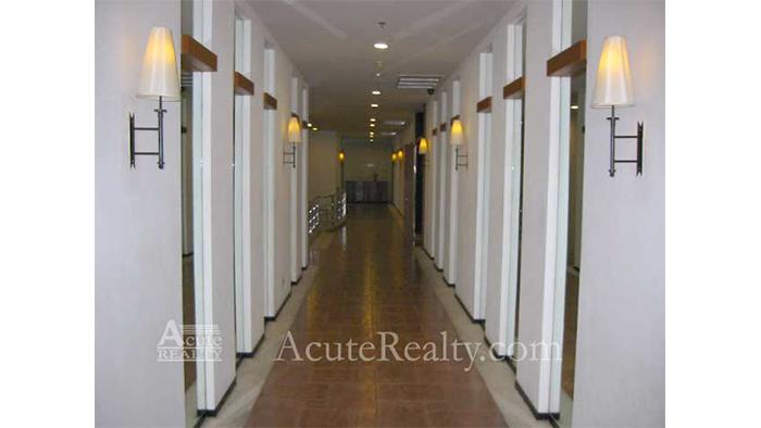 Condominium  for rent Grand Langsuan Langsuan image13