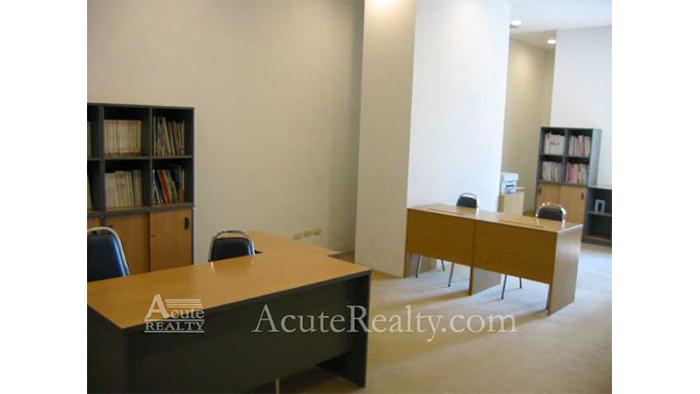 Condominium  for rent Grand Langsuan Langsuan image21