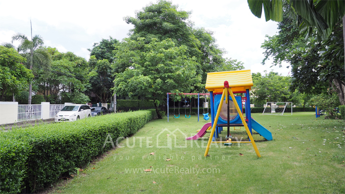 House  for sale Yothin Phatthana Rd. image39