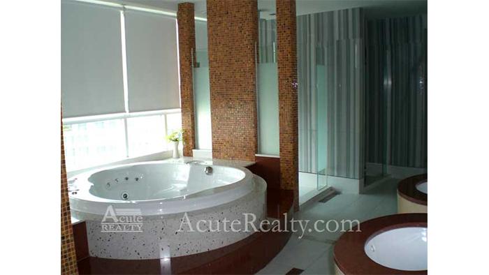 Condominium  for sale & for rent Urbana Langsuan Langsuan image31