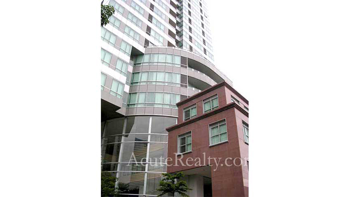 Condominium  for sale Sky Villas Sathon image12