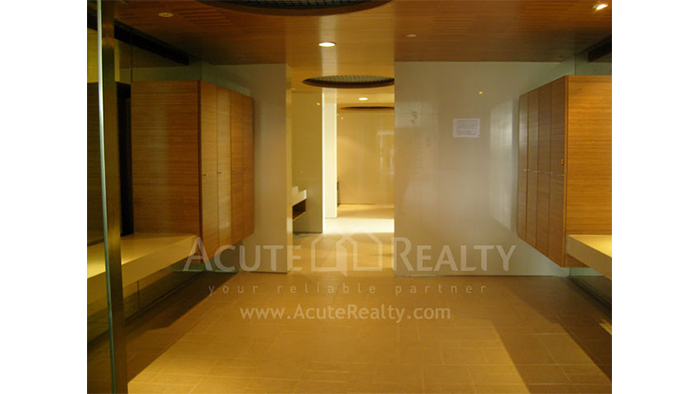 Condominium  for sale WaterMark Chaophraya Charoen Nakorn image36
